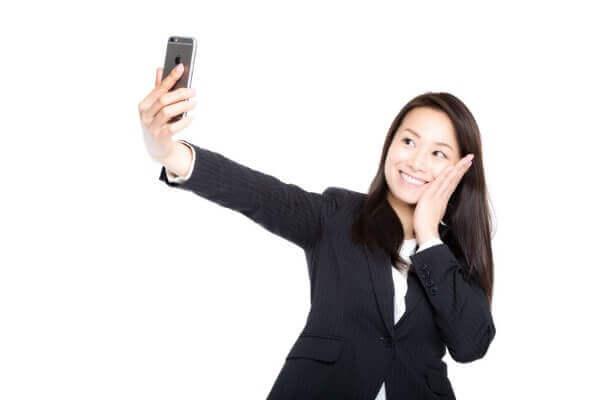 テレホンレディのプロフィール写真はどんなものがよい?
